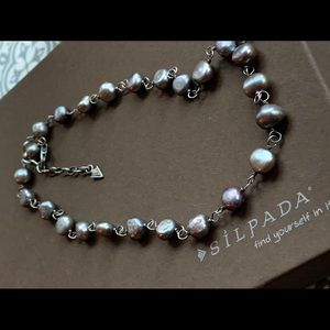 N1800 Iridescent grey Pearl & 925 silver necklace